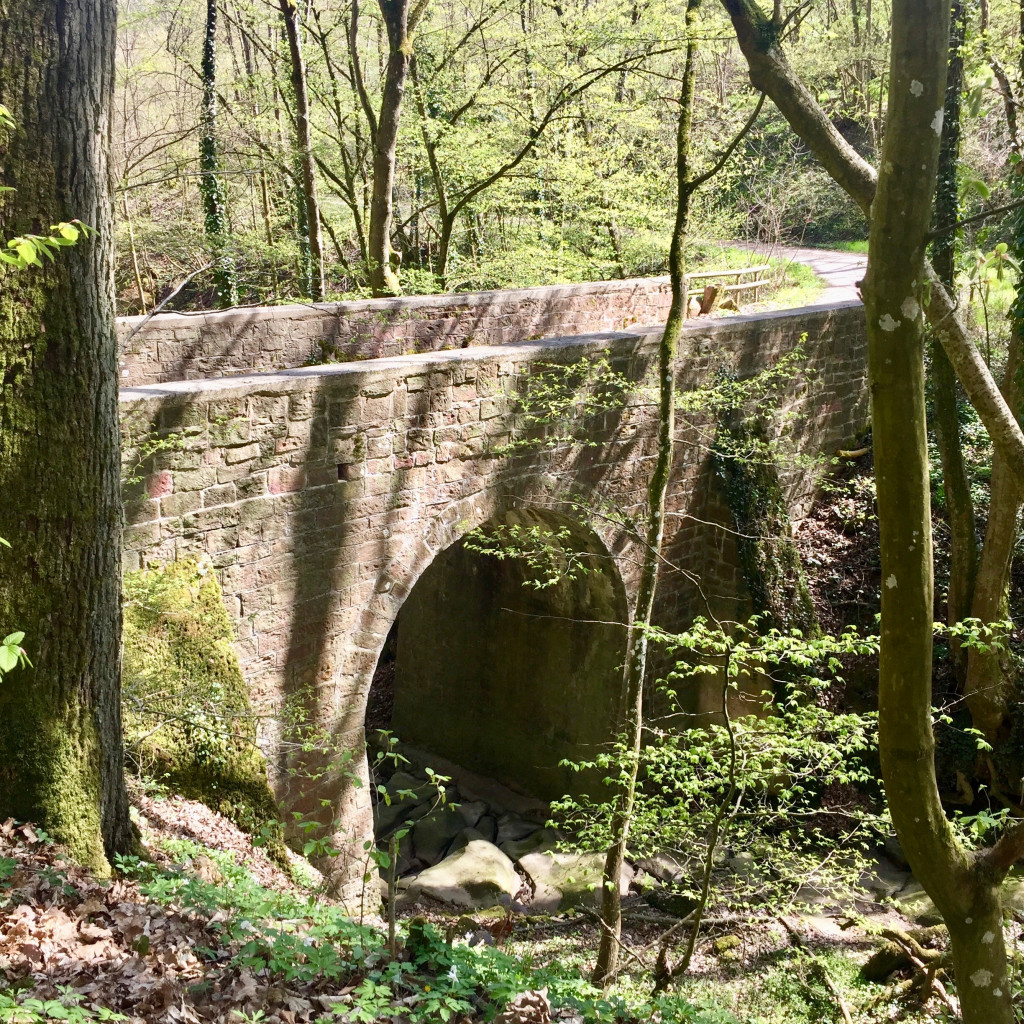 Steinbrücke im Klingenbachtal